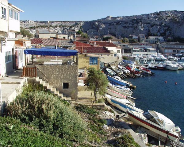 Vue sur les calanques de Marseille.